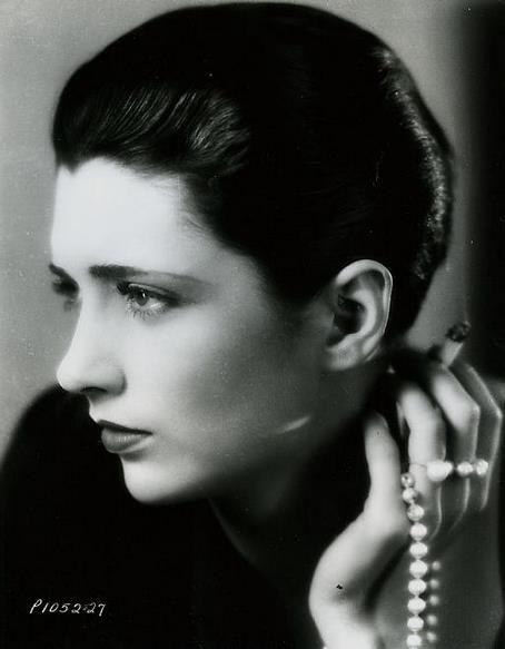 1929paramountpubpearls