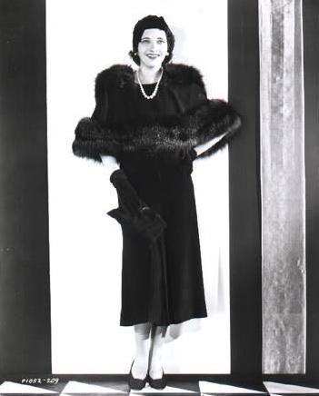 1931paramountpub